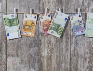 dochód za granicą dom w polsce